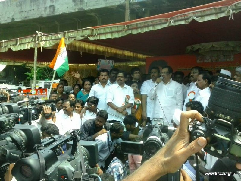 23.03.15-Protest-against-bjp-land-grabbing-bill-1